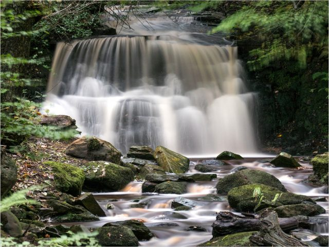 2209_Gary Poole_River Douglas